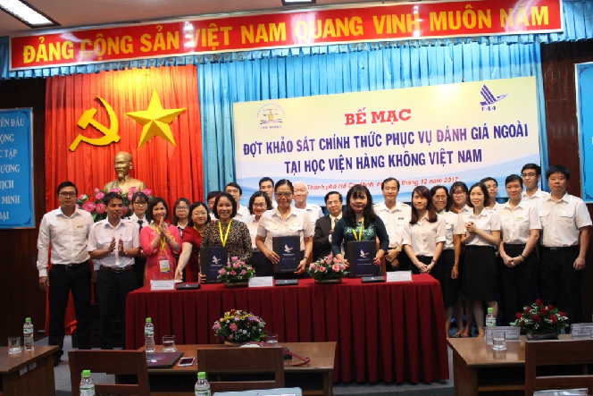 Signed the Brief Review Report of the Institutional Accreditation at Viet Nam Academy Aviation